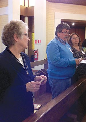 Sr. Maria Luisa Miller with participants at the Oct. 2014 retreat in Chile.